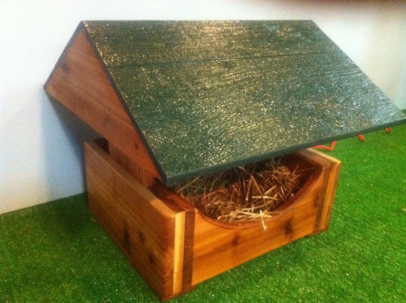 Feral Cat Sanctuary, Heated  Outdoor Cat House, Bed, shelter,condo,bed,tube,cabin