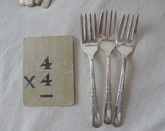 Vintage Fork Replacement Flatware Silverware Dessert forks Tudor Plate Oneida Community Plated Flatware