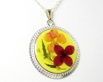 Glory, Pressed Flower Pendant, Real Natural  Flowers in resin  (1587)