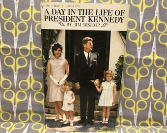 A Day in the Life of President Kennedy by Jim Bishop paperback book vintage JFK