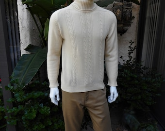 Vintage 1960/70's Alan Paine Cream Colored Lanmbswool Turtleneck Sweater - Size 40