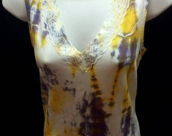 Hand Dyed Tie dye women's large (12-14) laced trimmed v-neck tank top in lemon yellow and hydrangea faded glory brand