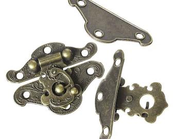 Ornate clasp style antique bronze 4.7 cm