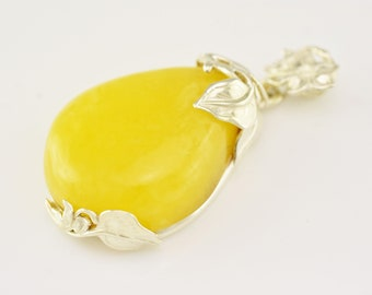 Sterling Silver Baltic Amber Pendant, Gemstone Pendant, Yellow Stone Pendant, Amber Jewelry, Baltic Amber Pendants,
