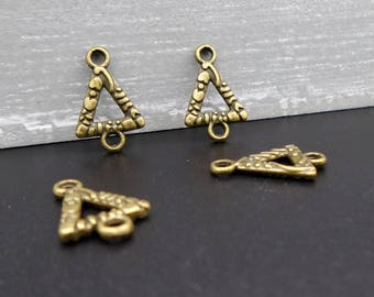 4 small triangles in metal bronze connectors 13 x 10 mm