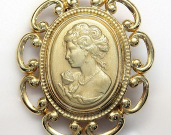 14k Yellow Gold Cameo etched Brooch # 253573957303