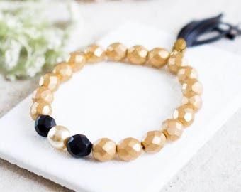 Gold and Pearl Beaded Bracelet, Stretchy Gold Bead Bracelet, Black Bracelet, Pearl Bracelet, Elastic Bead Bracelet, Bridesmaids gift
