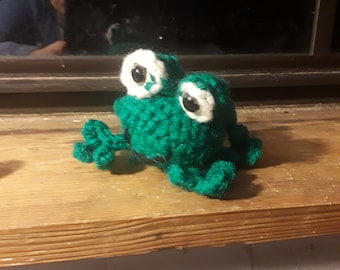 Freddie the Frog Amigurumi