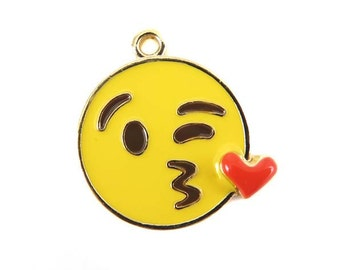 Gold Plated Winking Kissing Heart Face Charms (2x) (K306-A)