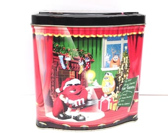 "OFFICIAL M&M'S Brand COLLECTIBLE Christmas Village Series ""The Night Before Christmas"" Theatre, No. 7, Limited Edition 6"" x 5 3/4"" x 4"" Tin"