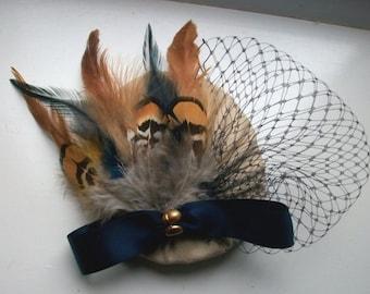 Beige Cocktail Hat Navy Cocktail Hat Beige Feather Fascinator hat for Races Evening Beige and Navy Wedding Hat