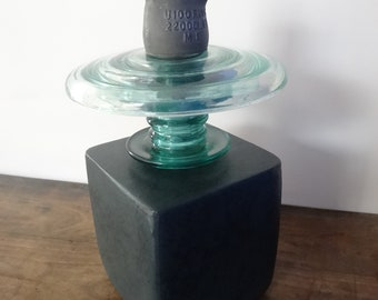 """The insulating blue"" lamp"
