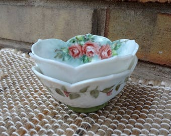 Pair Of Small Hand Painted Floral Lotus Bowls // Berry Nut Bowl // Sauce Condiment Dish