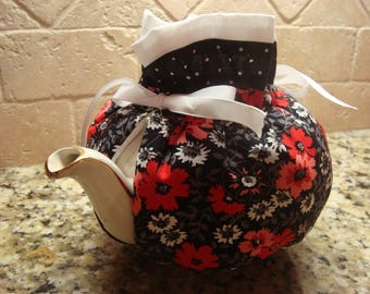 Carnations and daisies tea pot cozy