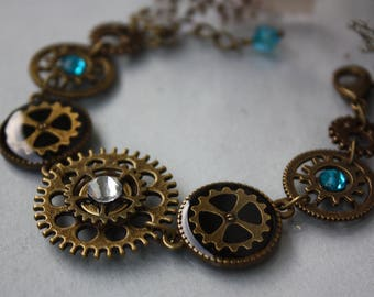Steampunk Bracelet, machinery, Watch Part Bracelet, gear, Steampunk Jewelry, Cog Bracelet, Blue, Clockwork, Antique bronze, Resin,