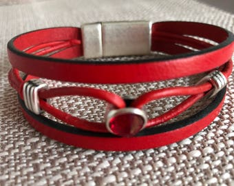 Red Leather bracelet with zamak and red Swarovski crystal slider and magnetic clasp.