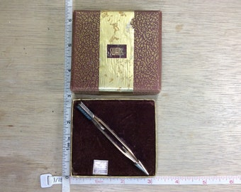 Vintage Swank Gold Toned Tie Clip Arrow Some Corrosion In Original Box Used