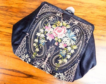Vintage Floral 1940s Small Embroidered Black Clutch Purse, Antique Unique Floral Handbags for Special Event, One of a Kind Accessories