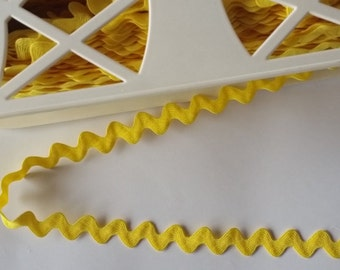 RIC RAC Trim, 3 Colours, 3 metre lengths,yellow,black,white,wide,polyester,dress trim