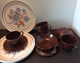 Melamine 16 piece dinnerware set