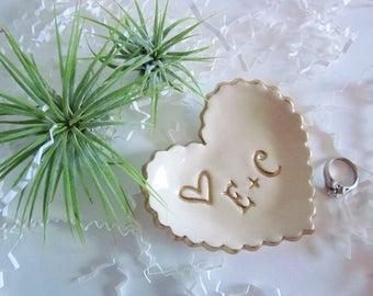 Heart ring dish White with gold trim, Ring dish, ring holder, wedding ring holder, ceramic engagement gift