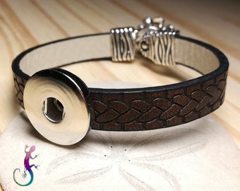 Brown Leather Bracelet with Silver Flower hook clasp and support for snap button