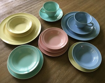 Lu-Ray Pastels 15 Piece Lot, Pink Blue Green Yellow, TS&T Taylor Smith and Taylor LuRay, Plate, Tea Cup, Saucer, Bowl