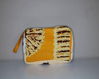 Makeup Bag, toiletries, cosmetic bag, travel pouch, African makeup bag, makeup zipper pouch, sleepover pouch, lipstick pouch, powder room.