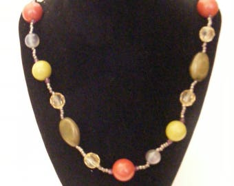 Vintage Green and Rust Beaded necklace