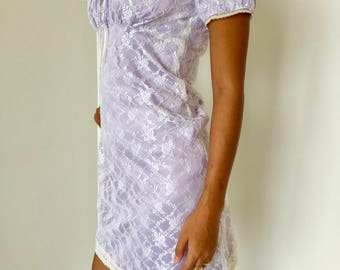 Vintage style lace mini dress in white and lavender