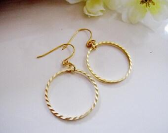 Small gold Hoop Earrings, Minimalist Earrings, Geometric Earrings, Simple Hoops, Everyday Earrings, Redpeonycreations