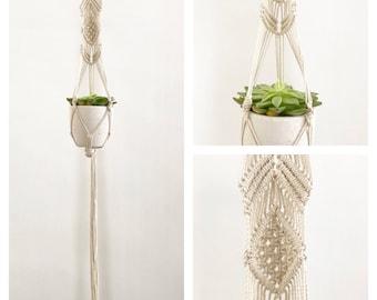 Hanging planter - housewarming gift idea - macrame planter hanging macrame plant hanger Bohemian decoration