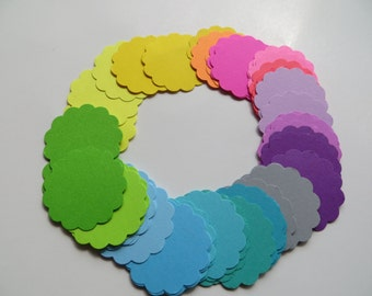 Scalloped Paper Circles - Set of 51