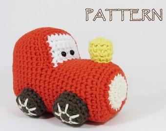 Crochet pattern train engine amigurumi stuffed toy tutorial English and Dutch pdf