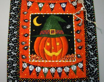 Halloween Quilted Wall Hanging Table Topper Quiltsy Handmade FREE U.S. Shipping Jack o Lantern Spiders Dancing Glow in Dark Skeletons
