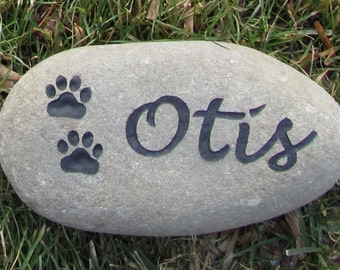 Personalized Pet Memorial Stone for Dogs or Cats, Gravestone Burial Memorial Stone, Grave Marker. Headstone Cemetery Marker 6-7 Inch