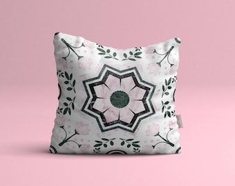 Pillow cover • Marble maze