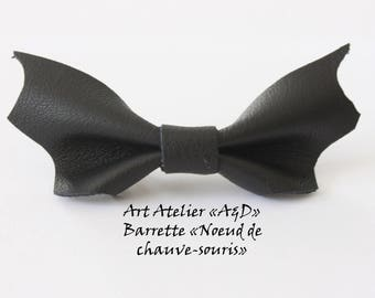 "Black leather Barrette ""Bat bow"""