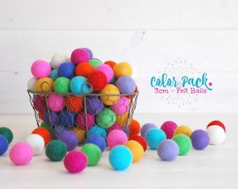 10 Medium Felt Balls - 3CM Wool Felt Balls - 100% Wool Felt Balls -  (3cm/30mm) - Wool Felt Balls - Felted Balls - 3CM Wool Felt Pom Poms