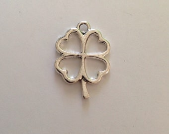 5 Silver Tone Clover Leaf Charms - CCLVR01