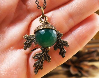 Necklace Acorn #21, green agate (#7160)