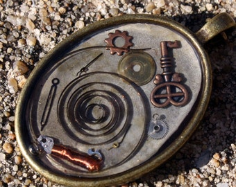 Steampunk Pendant- Oval with Coil and Key