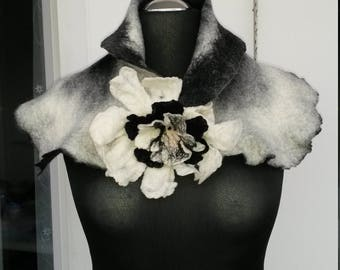 Gorgeous scarf-collar with detachable flower brooch
