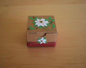 Handmade Christmas Gift Box, Holiday Gift Box, Christmas Treats Box, Holiday Party Favor Box, Christmas Party Favors, Small Poinsettia Box