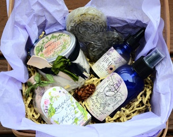 Spa gift basket etsy ultimate spa gift basket for women wife mom sister face polish negle Gallery