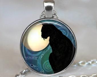 Black Cat Moon pendant, black cat jewelry, resin pendant, cat necklace, black cat pendant, witch's cat pendant key chain key ring fob