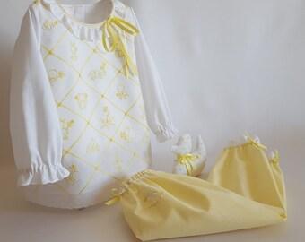 Baby Pajamas 9/12 Months-set girl-Batista cotton-white long sleeve T-shirt-yellow long pants-embroidered motifs-tiptoe-BD12 Bib