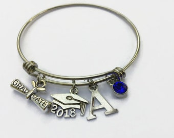 Graduation Bracelet , Class of 2018 High School College Graduation Gift for Her Personalized , Graduation Gift for Daughter from Mom Dad