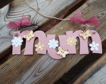 MUM - hand-painted wooden wall hanger. Laser-cut. Ideal gift for Mum.