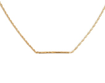 """ELEMENTS II - Gold plated hammered simple necklace """"Horizon"""" (EHC01)"""